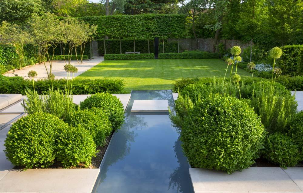 Progettare il giardino, la sua manutenzione e scelta dell'arredamento