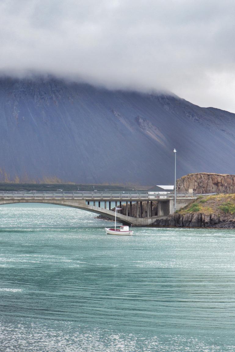 Séjour en Islande - montagne près de Borgarnes