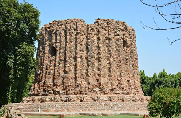 the Incomplete Minar of Ala-ud-din Khilji