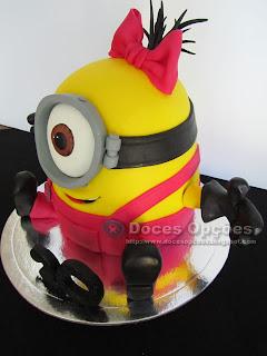 minions lady cake