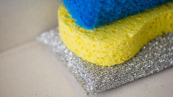 Vaikuttaako hintaan se kenen siivousvälineillä työ tehdään?