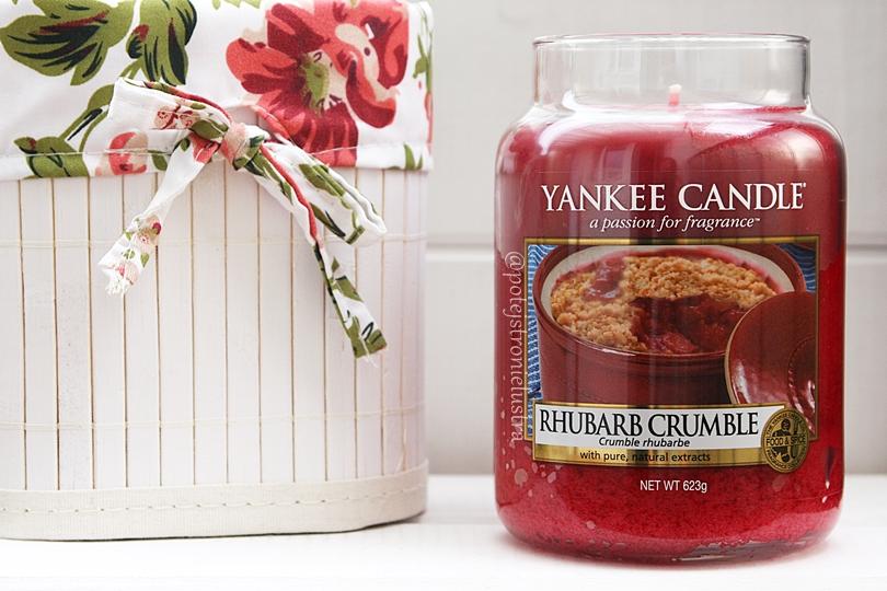 duża świeca zapachowa yankee candle rhubarb crumble