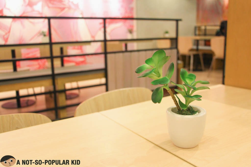 The table setting of Ramen Cool in SM Manila - neat and decent!