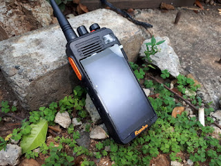 Hape Outdoor Runbo K1 Walky Talky DMR VHF Android 4G LTE RAM 2GB IP67 Certified