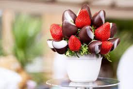 клубника, клубника в шоколаде, шоколад, глазурь, ягоды, десерты ягодные, клубника, клубника рецепты, десерты из клубники, самые вкусные клубничные десерты, что можно сделать из клубники, ягодный десерт, клубника в глазури, десерт из свежих ягод, рецепты из клубники, клубника в шоколаде в домашних условиях, клубника в шоколаде на подарок, букет из клубники, букет из ягод, подарки на 5 марта, подарки на день влюбленных, ягоды в шоколаде, клубника в шоколаде мастер класс, как делать клубнику в шоколаде на продажу, клубника в шоколаде в домашних условиях, букет из клубники в шоколаде, торт клубника в шоколаде, клубника сладкоежка, фрукты в шоколаде, Варенье «Клубника в шоколаде», Как приготовить клубнику в шоколаде, Клубника в белом шоколаде и кокосовой стружке, Клубника в белом шоколаде и темных шоколадных чипсах, Клубника в глазури для романтического свидания, Клубника в розовом шоколаде на шпажках, Клубника в смокинге, Клубника в темном шоколаде, Клубника в шоколаде, Клубника в шоколаде «Божьи коровки» на День, Влюбленных, Клубника в шоколаде и хрустящем арахисе, Клубника в шоколаде на Хэллоуин,, Клубника в шоколаде с карамельными фигурками, Клубника в шоколаде Санта-Клаус, Клубника в шоколадном корсете, Клубника в шоколадных лодочках, Клубничные букеты — идеи, Клубничный шоколадный букет, Красивое оформление клубники в шоколаде, «Мраморная» клубника, «Услада для романтиков» — клубника в глазури, «Шляпа ведьмы» — клубника в шоколаде, Шоколадно-клубничные сердечки,десерты клубничные, ягоды в глазури, десерты, сладости, глазурь шоколадная, блюда из клубники