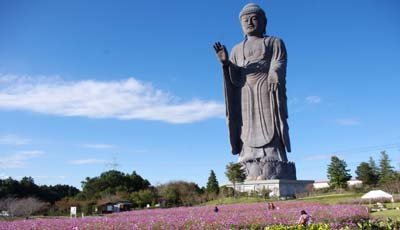 patung terbesar di dunia