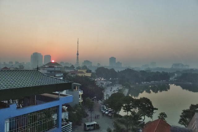 hanoi-sunrise ハノイの夜明け