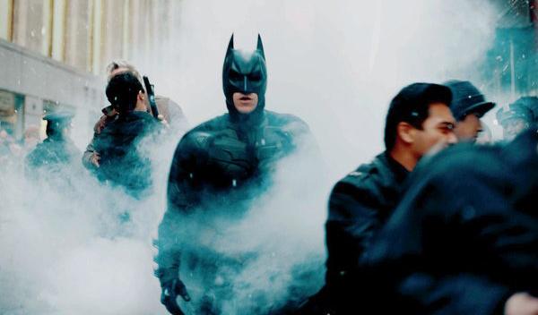 The Batman :「猿の惑星」のマット・リーヴス監督がメガホンをとる待望の「ザ・バットマン」で、新たにダークナイトを演じる候補のふたりの俳優の名前が、ついに浮上 ! ! - CIA Movie News
