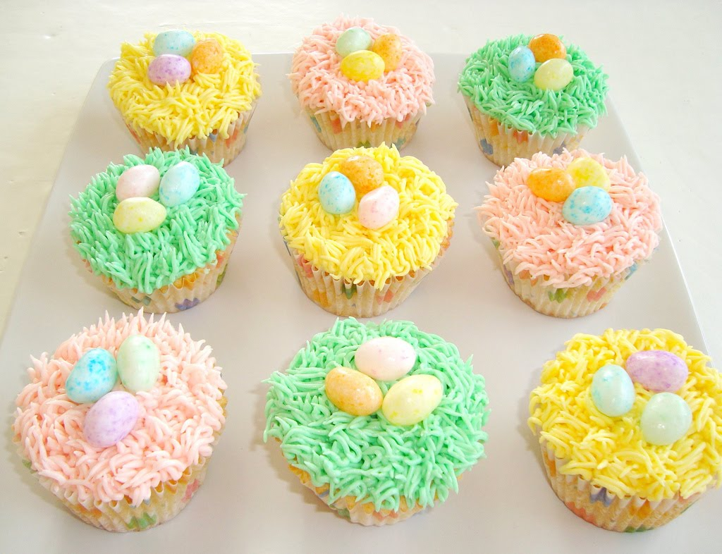 Mommy Rantings: 32 Easter Cupcake Decorating Ideas