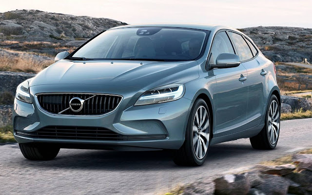 Volvo V40 2017 Momentum -- R$ 146.900 reais
