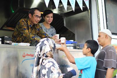 berbagi manfaat susu di bulan Ramadan