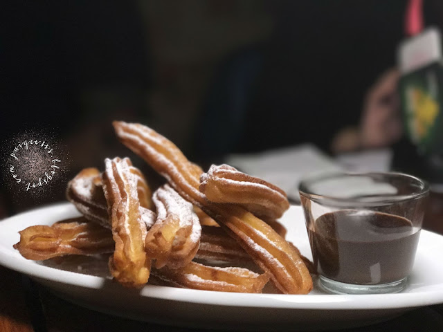 churros-chocolate