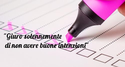 """checklist rosa con frase """"Giuro solennemente di non avere buone intenzioni"""""""