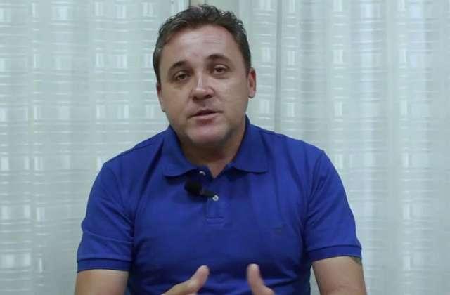 Resultado de imagem para fotos do prefeito batata araujo