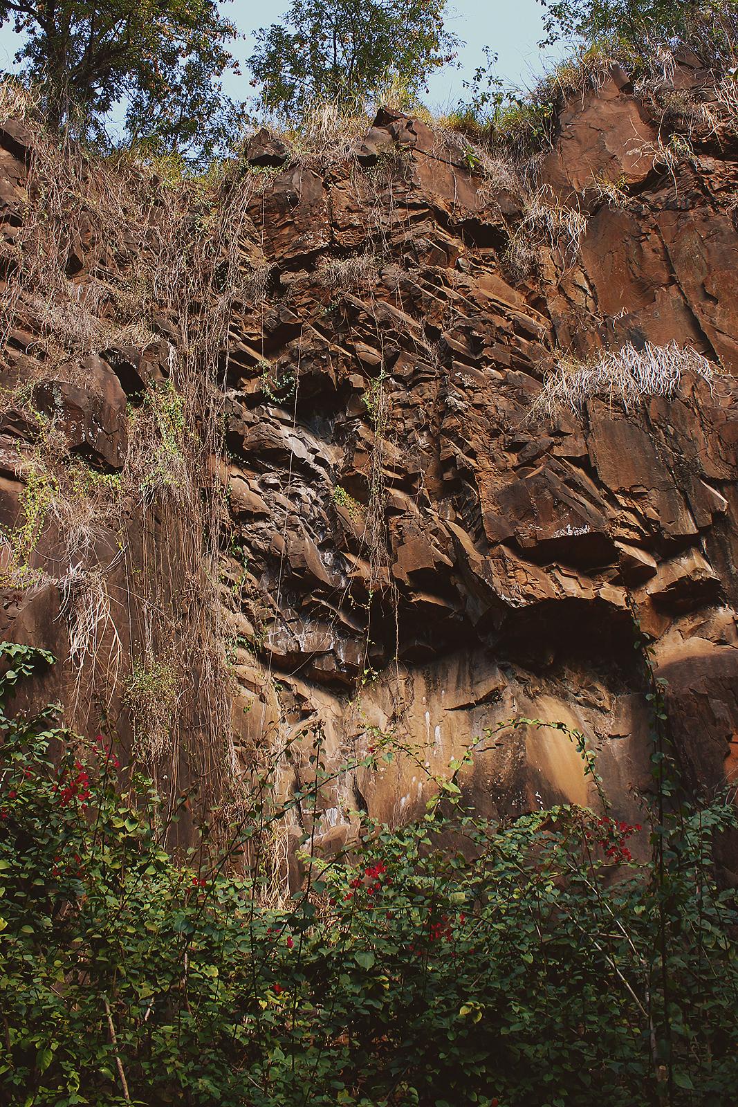 muro pedreira do chapadão