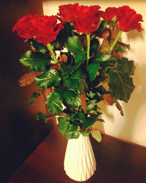 bukiet czerwonych róż