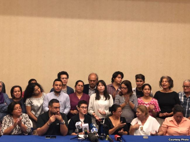 Familias denunciaron torturas a reclusas por hombres encapuchados / 19 DIGITAL
