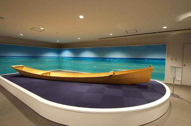 wooden sabani boat display