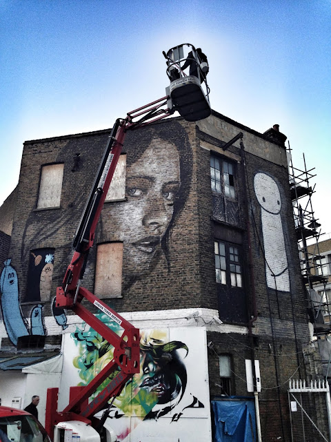 New Street Art Portrait By Australian Artist RONE in East London, United Kingdom. 4