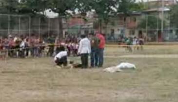 Árbitro es asesinado a balazos por jugador que expulsó