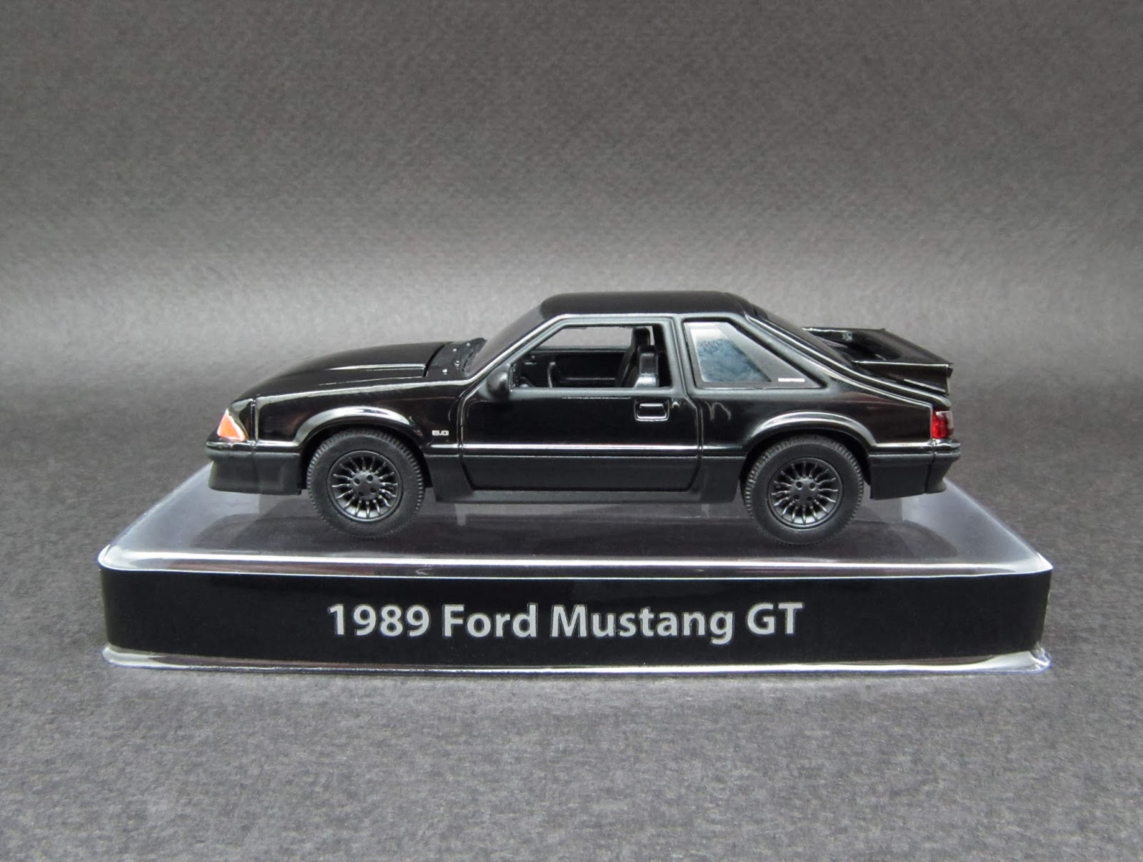 1989 ford mustang gt 164 scale diecast from greenlight black bandit series 6