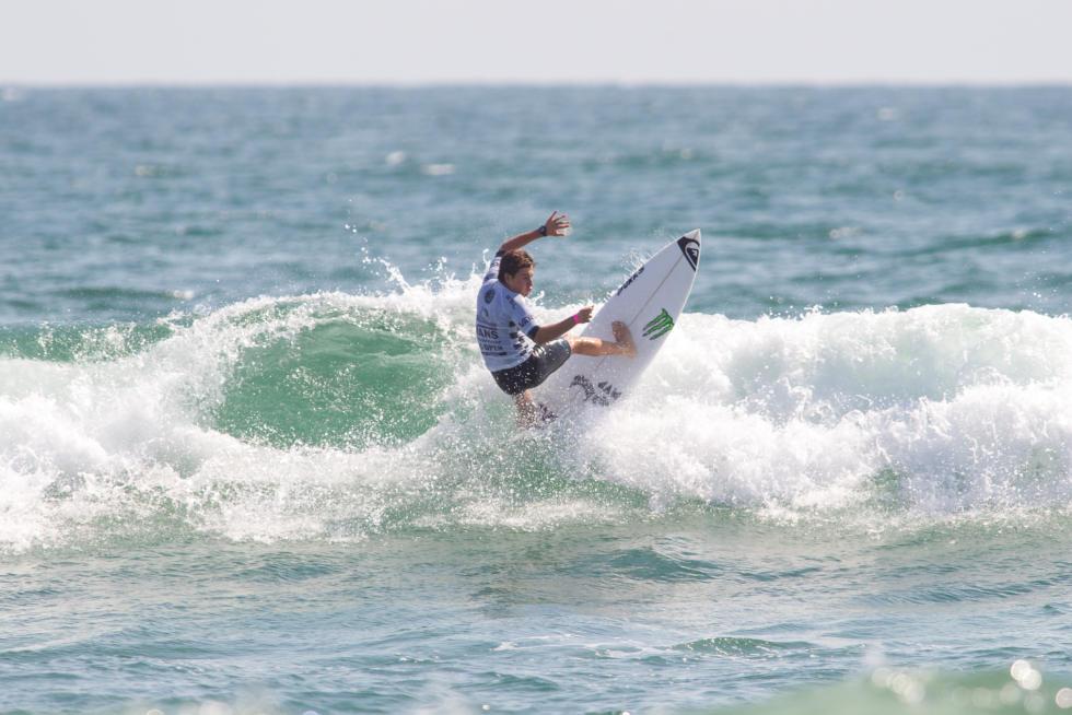 luis diaz surfer