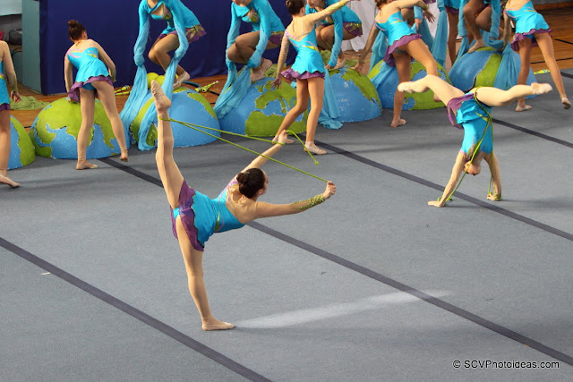 Rhythmic Gymnastics floor program ropes