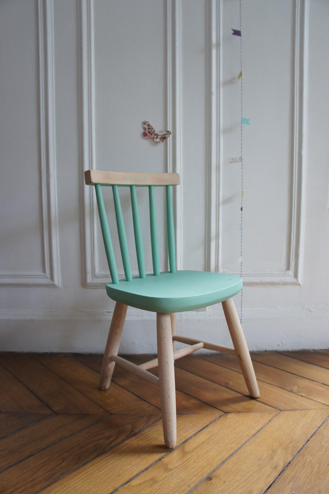 atelier petit toit chaises et fauteuils sur commande juin juillet 13. Black Bedroom Furniture Sets. Home Design Ideas