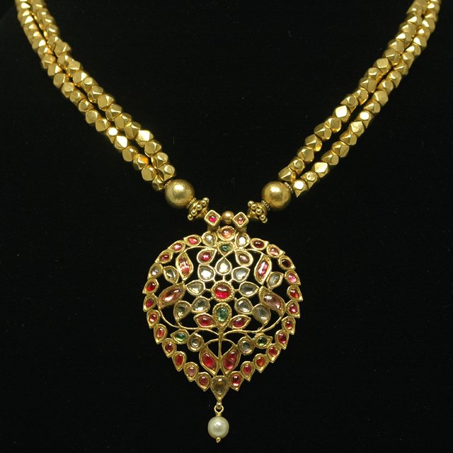 Vintage Solid 22k Gold Ruby Gemstone Necklace Earring: Indian Jewellery And Clothing: 19th Century