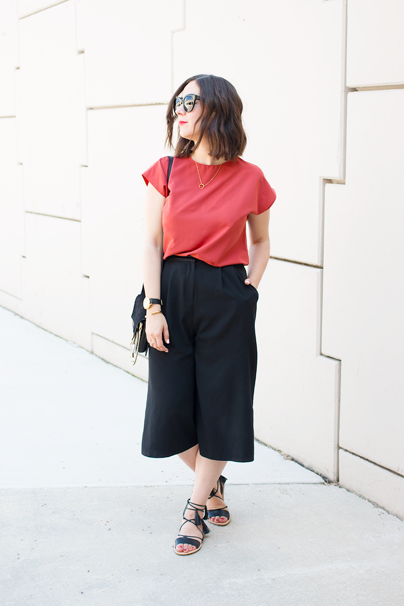 How to wear burnt orange during spring