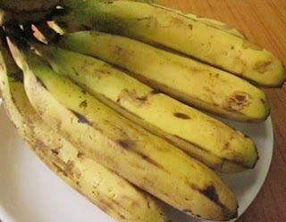 an image showing bananas on a table