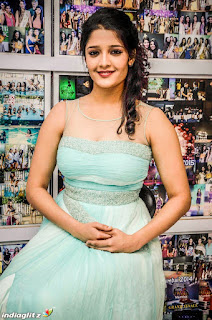Ritika Singh Gorgeous collection in this Outfit frag