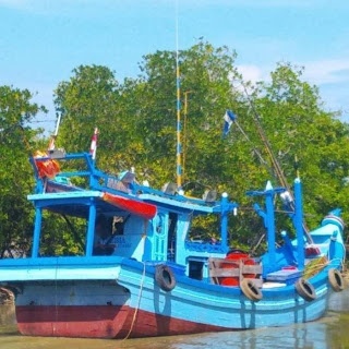 Kapal Kayu KM Karibia Bermuatan Sabu Diamankan Bea Cukai