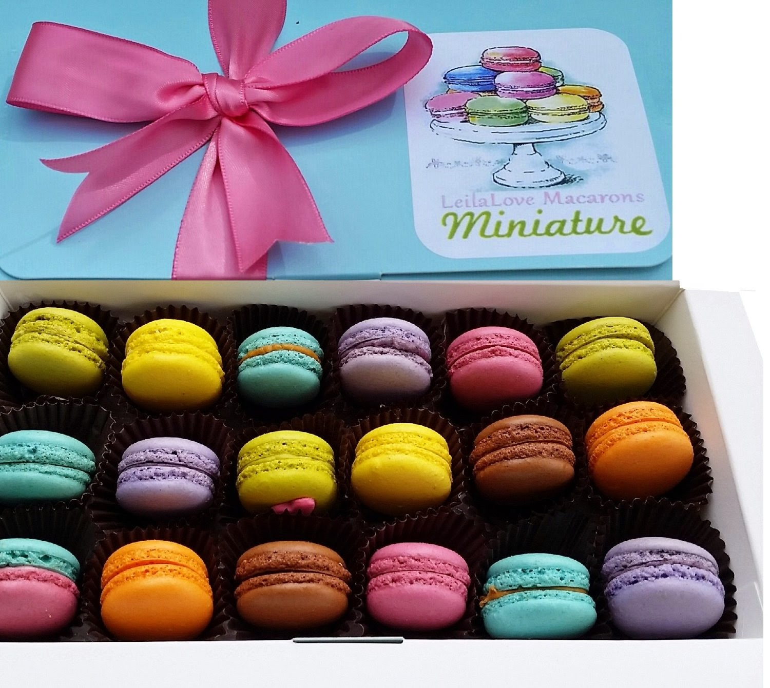 Perfect-Hostess-Gifts-LeilaLove-Macarons