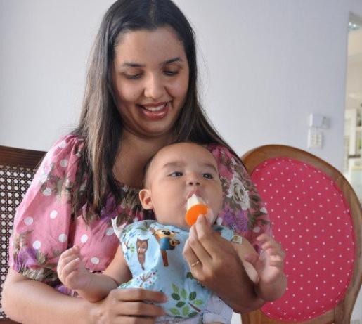 amamentação-leite materno-mamadeira-maternidade-picolé-sorvete-bebe-filhos-recém nascidos-mae-mamae