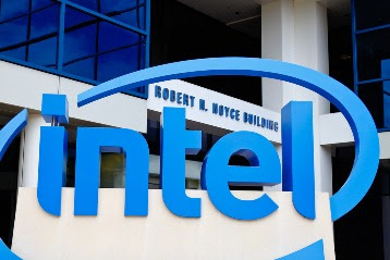 intel develops gaming graphics cards