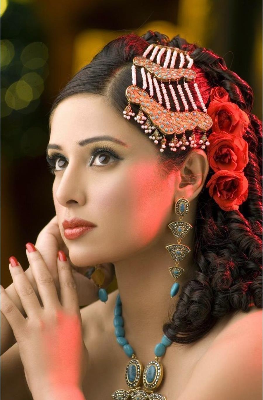 asian bridal hair accessories uk: in indian bridal headpiece uk