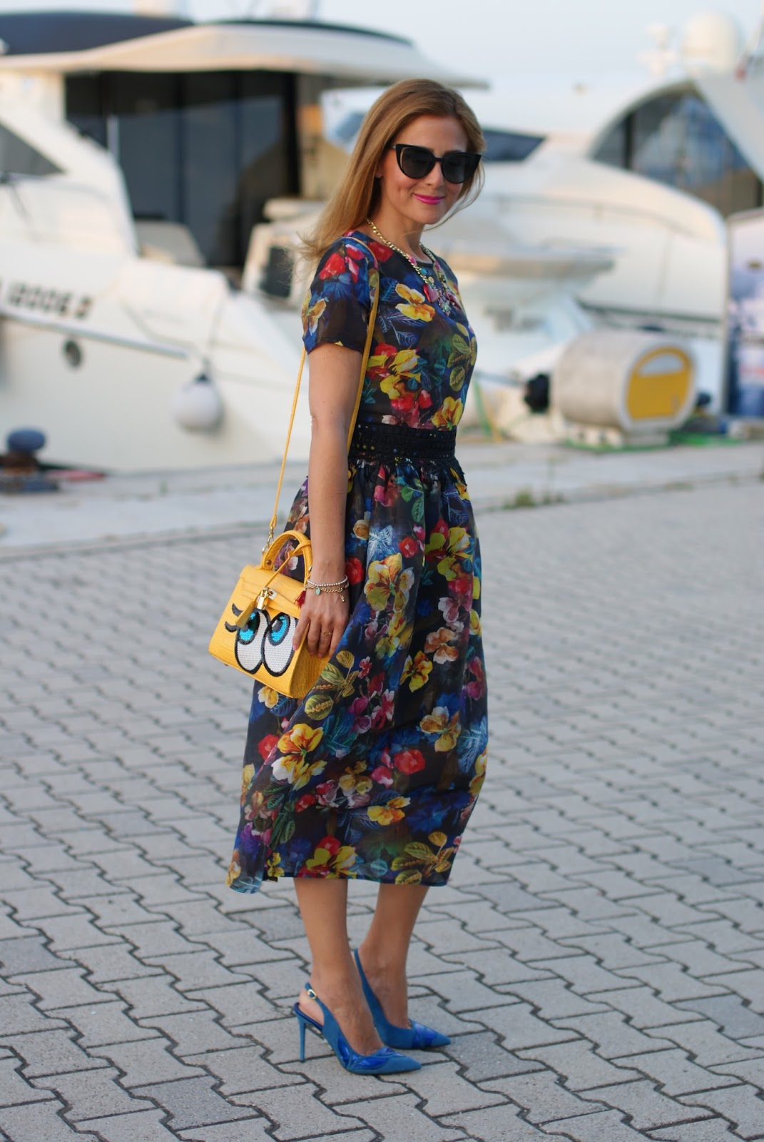 Dezzal floral cocktail midi dress on Fashion and Cookies fashion blog, fashion blogger style