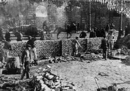 CONSTRUCTION OF WALL - WARSAW GHETTO