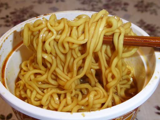 【マルちゃん(東洋水産)】QTTA(クッタ) カレー味