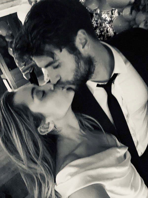 Miley and Liam share intimate wedding's photographs