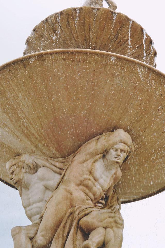 Residenzplatz Fountain