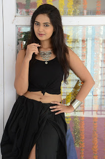 Actress Neha Deshpande Vajralukavaala Nayana Movie Opening  0076.JPG