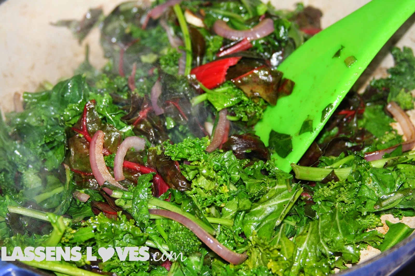 how+to+cook+greens, recipes+for+greens, red+chard, healthy+greens, greens+recipes