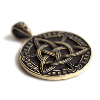 клевер на удачу купить скандинавские кельтские обереги клевер символ удачи