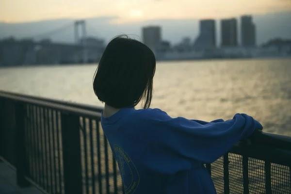 Cuplikan Miona Hori yang berperan sebagai Hatsumi Narita