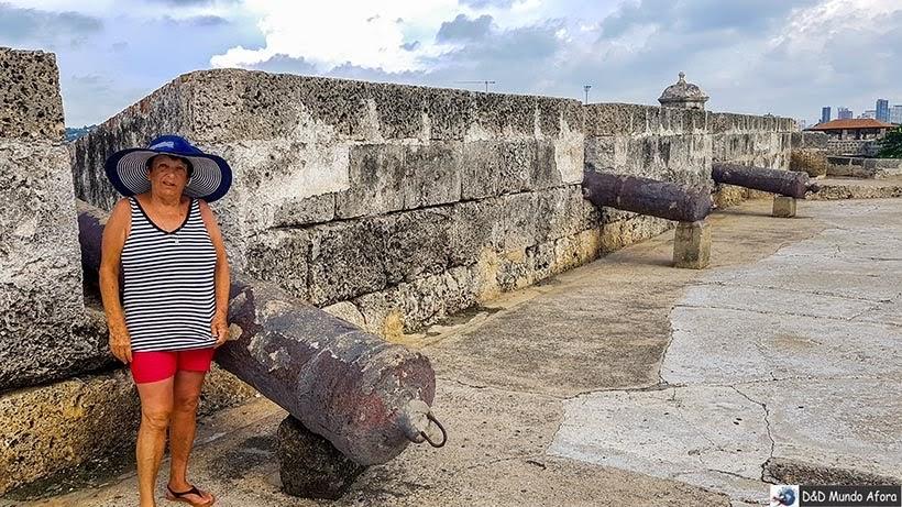 Passeio pelas Muralhas de Cartagena: melhor pôr do sol