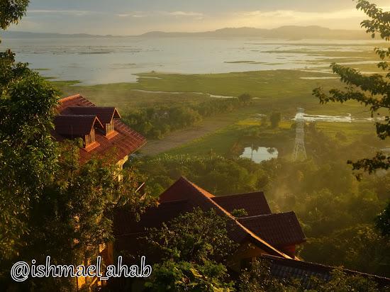 View of Laguna Lake from Punta de Fabian in Baras, Rizal