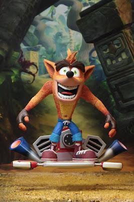 """Imágenes de Deluxe Crash whit Hoverboard de """"Crash Bandicoot"""" - Neca"""