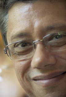 Dean Devlin. Director of Independence Day
